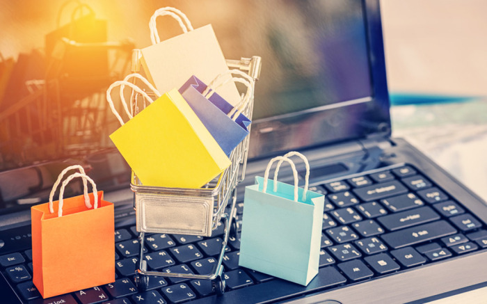 10 Advantages of Online Shopping