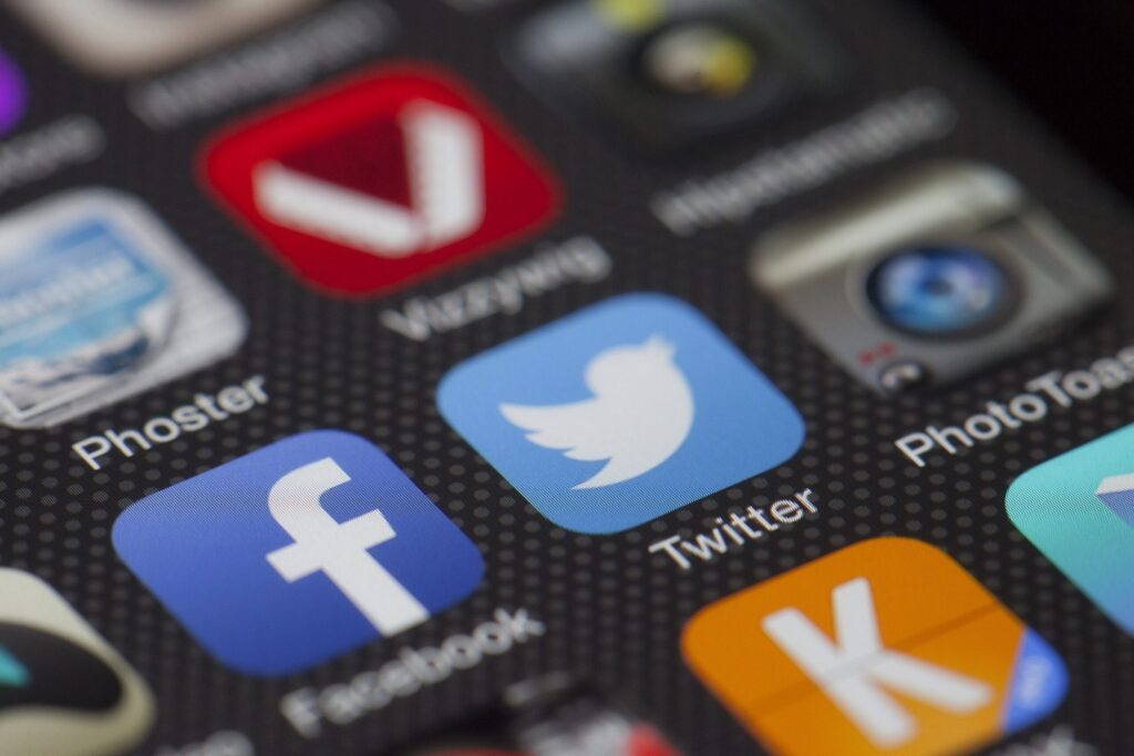 Here's Why Your Business Can't Entirely Rely On Social Media