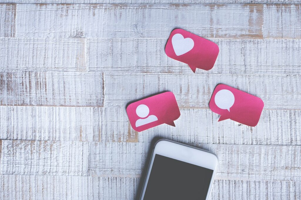 The Good and Bad Side of using Social Media in Dentistry