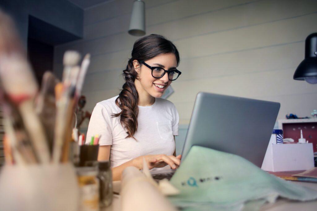 2021 STEM Scholarships for Women