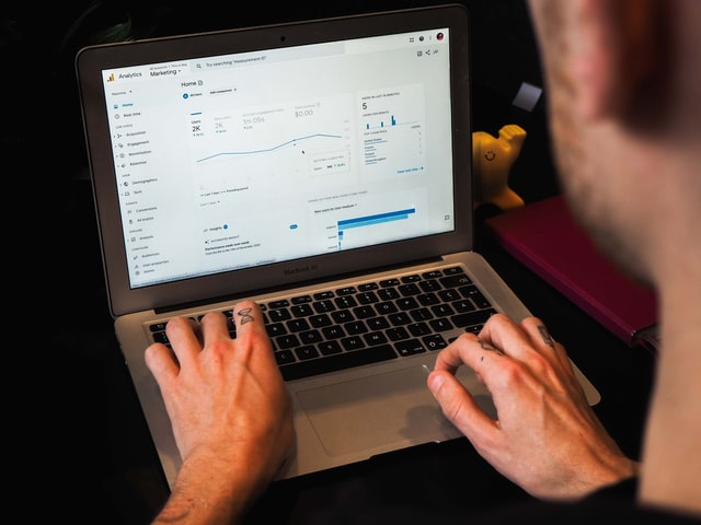 8 Great Tools to Use with Google Analytics